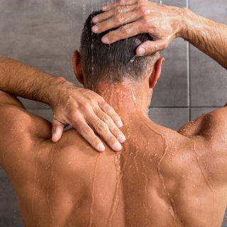 Haare am Rücken Mann